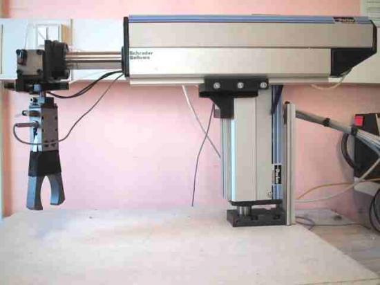Système du laboratoire: Automate PARKER