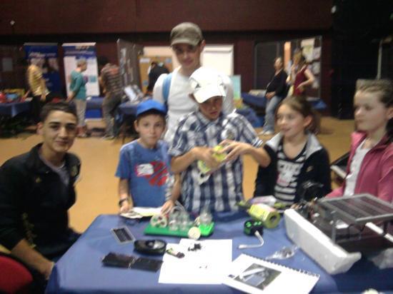 Expo sciences mai 2011 - Voiture sur pile à hydrogène